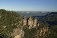 """Das wohl bekannteste Fotomotiv der Blue Mountains sind die """"Three Sisters""""."""