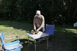 Zum Lunch gab es frische Kokosnuß direkt von der Palme