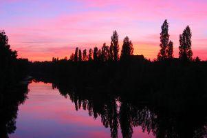 sommerlicher Sonnenuntergang am Elster-Saale-Kanal