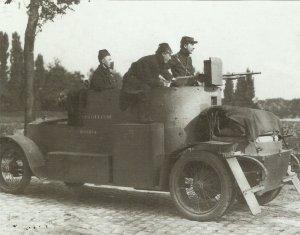 Minerva-Panzerwagen  im Einsatz