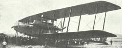 Fünfmotoriger Zeppelin Staaken