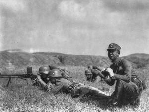 Von Deutschland ausgebildete und ausgerüstete Soldaten der national-chinesischen Armee von Tschiang Kai-schek.