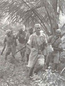 Indische Truppen während einer Ausbildungsübung.