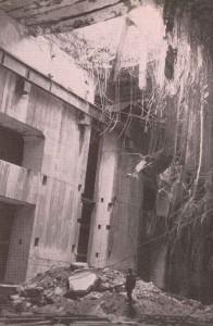 Grand Slam-Bombe hat Decke von U-Boot-Bunker durchschlagen