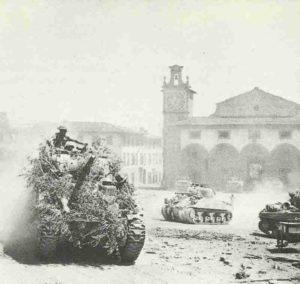 Sherman-Panzer der 8. Armee in Italien