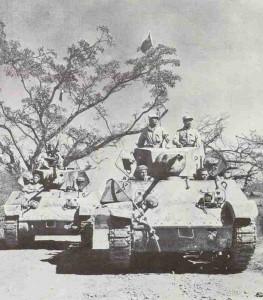 Chinesische M3A3 Stuart Panzer auf der Ledo-Strasse
