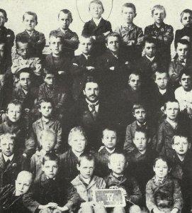 Hitler 10 Jahre alt