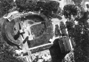 Luftbild von der Raketenversuchsanstalt in Peenemünde vor dem englischen Luftangriff