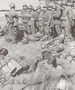 Polnische Soldaten in französischen Unformen.