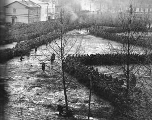 Russische Kriegsgefangene in deutschem Lager