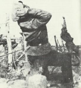 Russen fallen unter Artillerie-Beschuß