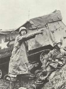 Vorgehende deutsche Soldaten Ardennen