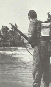 Commandos landen auf Akyab-Insel