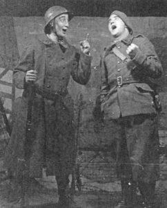 theatralische Show-Einlage in der Maginot-Linie