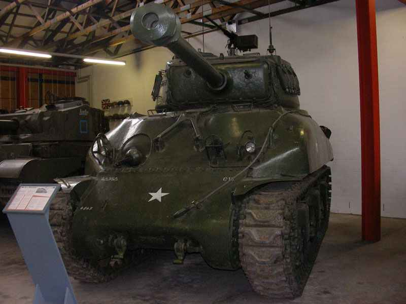 M4A1(76mm) Sherman im Panzermuseum Munster.