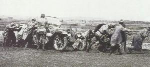 Automobil aus dem Schlamm ziehen