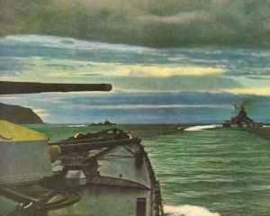 Deutsche Kriegsschiffe (Hipper, Lützow mit sechs Zerstörer) laufen aus ihrem Stützpunkt in Nord-Norwegen aus