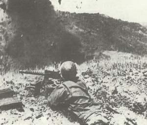 ^US-Infanterie der 38. Division sprengen japanische Stellungen