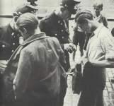 Polizeikontrolle auf dem Schwarzmarkt