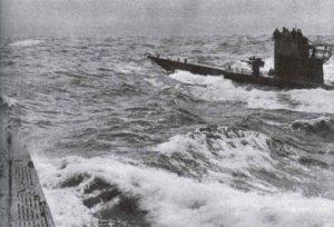 Zwei U-Boote eines Wolfrudels