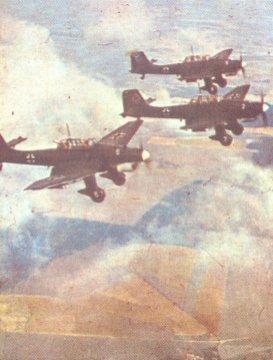 Ju 87 Stukas im Anflug