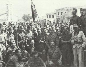 italienische Truppen stehen loyal zu Mussolini