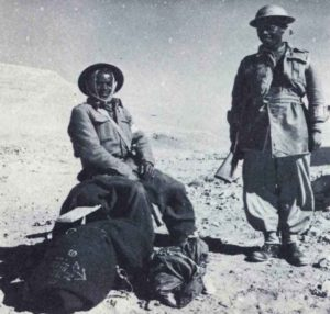Schwarze Eingeborenen-Soldaten