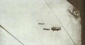 Zeppeline überfliegen die Nordsee