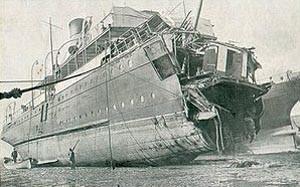 französische Kanalfähre 'Sussex' nach ihrer Torpedierung