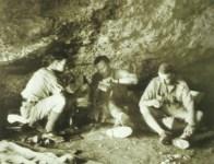 Freyberg in Höhle bei Sfakia