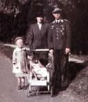 Familienfoto beim Heimturlaub
