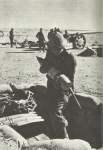 Italienische Artillerie beschiesst Tobruk