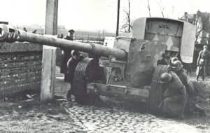 Pak 43 in Stellung bringen