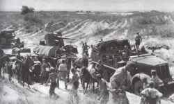 Vormarsch deutscher Kolonnen auf den sandigen Straßen in Südrußland