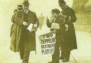 Zwei Zeppeline zerstört