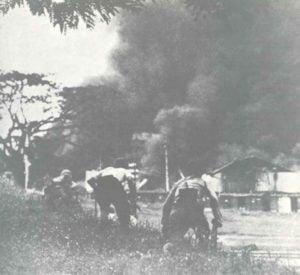 Japanische Truppen erstürmen Kuala Lumpur.