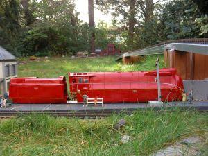 BR 03.10 Stromliniendampflokomotive mit roter Lackierung.