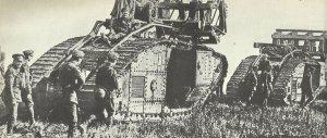 Englische Panzer rollen in die Tank-Schlacht von Cambrai