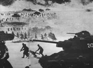 russischer Massenangriff mit T-34 und Infanterie