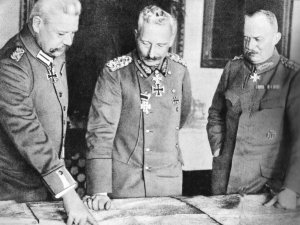 Hindenburg, Kaiser Wilhelm II. und Ludendorff