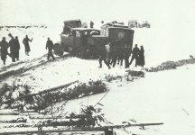 deutscher Rückzug mit Gerät im Schnee