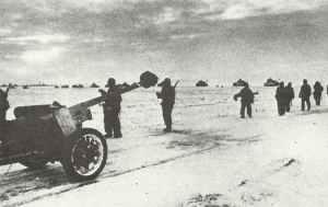 Deutsche Panzerkolonne auf dem Vormarsch