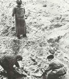 Exhumierung von Leichen des Massaker von Katyn