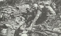 schwer verwundeter französischer Soldat