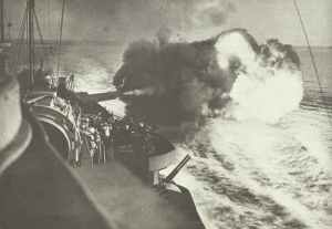 HMS Warspite' bombardiert Catania
