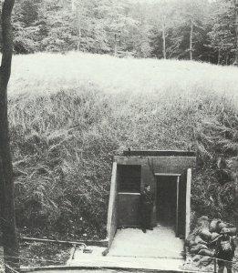 Eingang zum unterirdischen Hauptquartier des RAF-Bomberkommandos