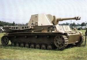 Waffenträger 'Heuschrecke 10'