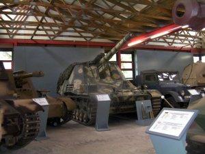 Hummel Panzermuseum Munster