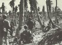 Marinesoldaten auf dem Eniwetok-Atoll