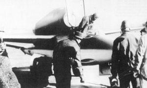 Erstflug der He 162 V1